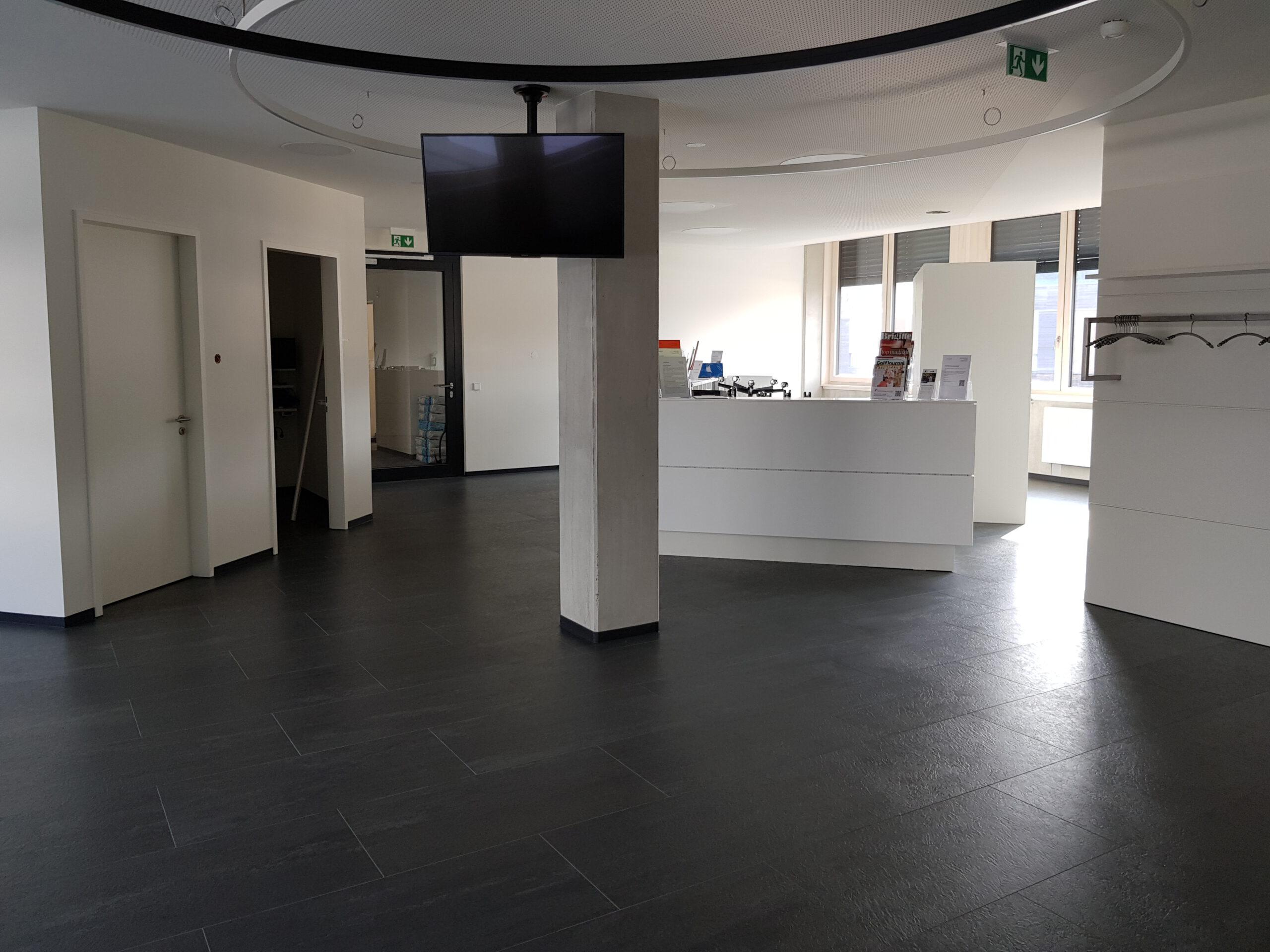Kautschuk-Bodenbelag für Ärztehaus 4